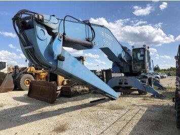 TEREX MHL360 wheel excavator