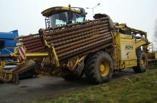 ROPA Euro Maus 4  beet harvester