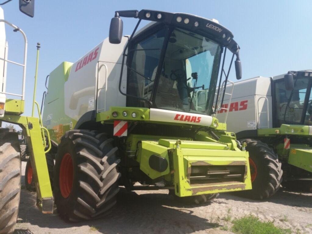 CLAAS Lexion 650 combine-harvester