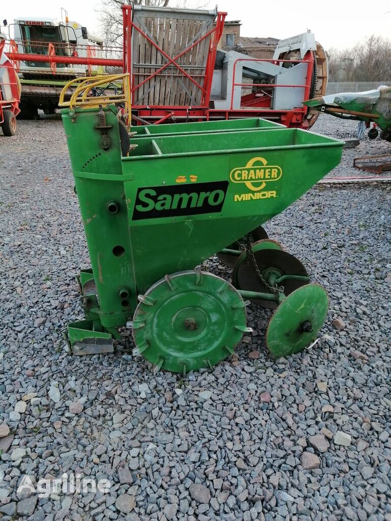 CRAMER Junior Super potato planter