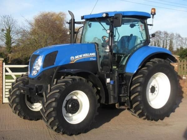 NEW HOLLAND T7.200 wheel tractor