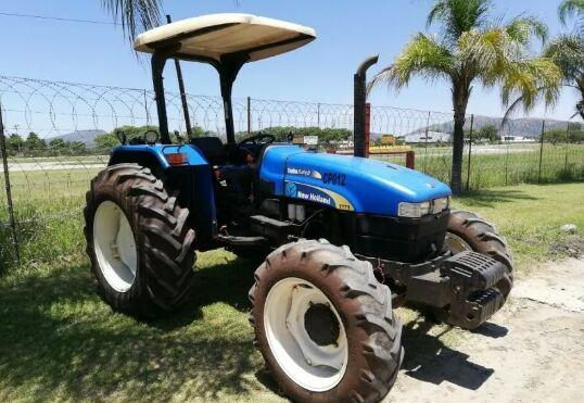 NEW HOLLAND TT75 wheel tractor