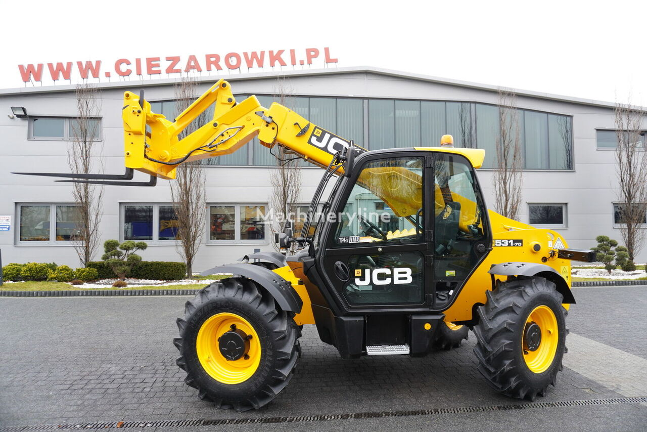 JCB 531-70 , 110 HP , Joystick  , Powershift , 4x4x4 , forks , quick telehandler