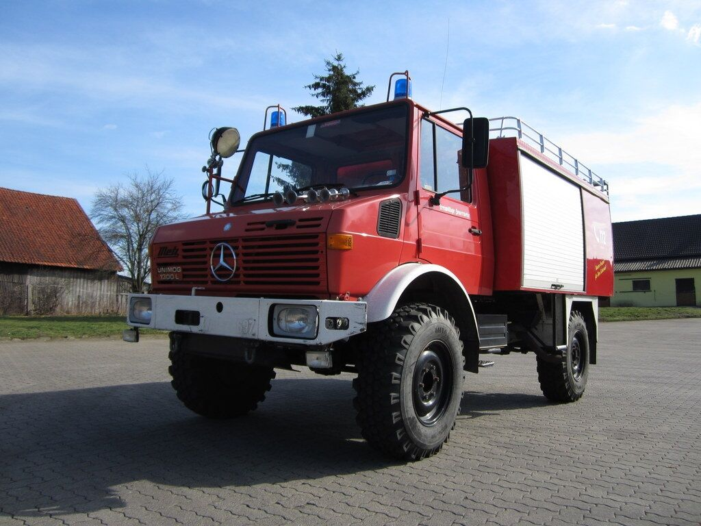 MERCEDES-BENZ U 1300 L fire truck