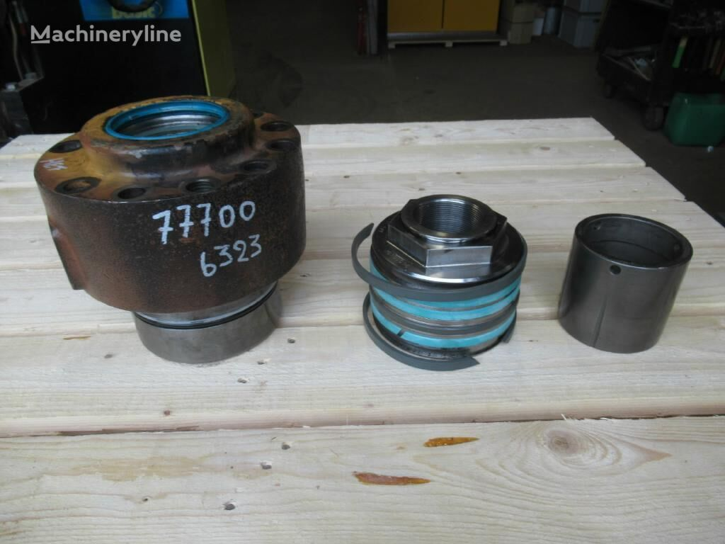 LIEBHERR A904C hydraulic cylinder for excavator