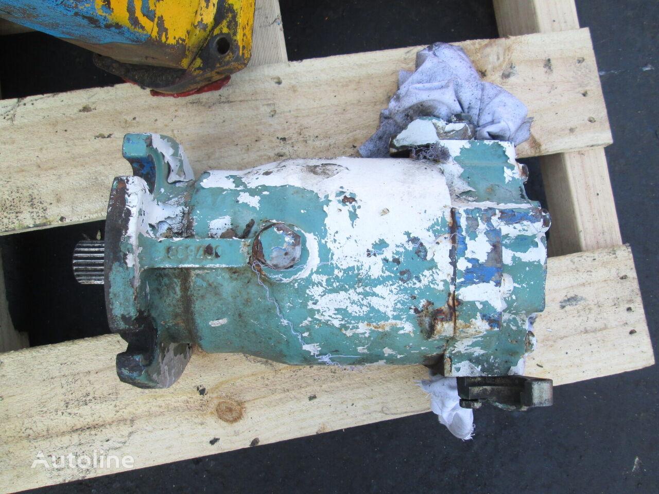 Sauer-Danfoss SMF22 hydraulic motor for wheel loader