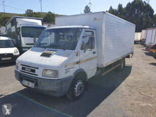 IVECO Daily box truck