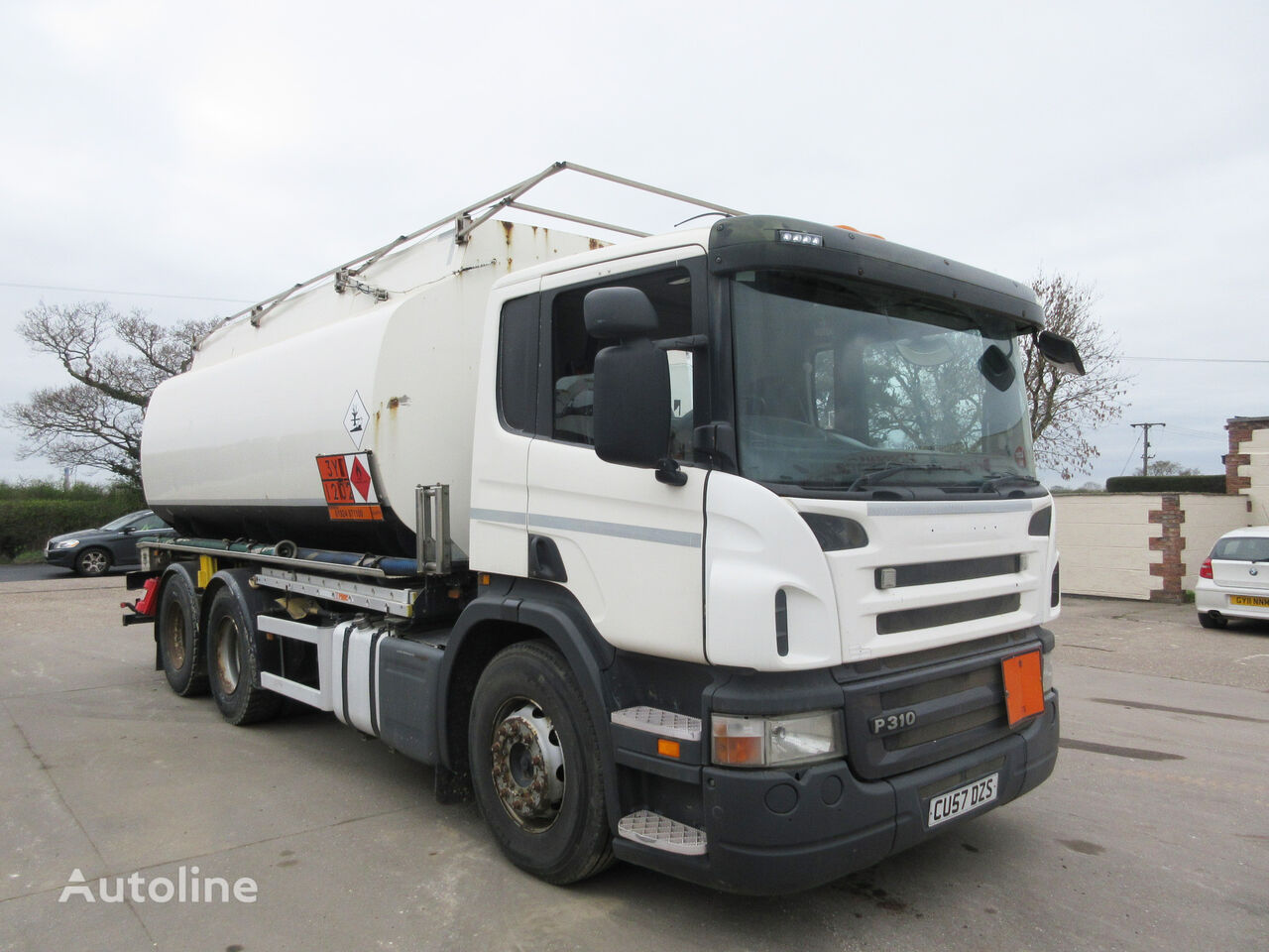 SCANIA P310 fuel truck