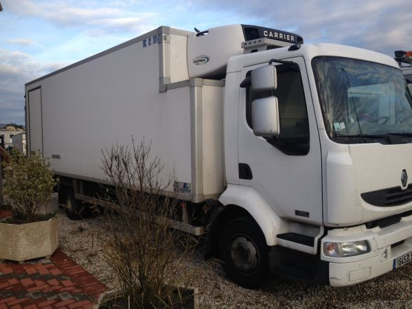 RENAULT Midlum 180.12 cf refrigerated truck